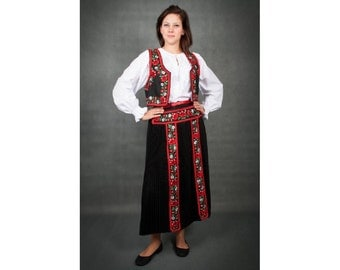 Taditional Hungarian Kalotaszeg outfit west, apron, skirt, one  size.