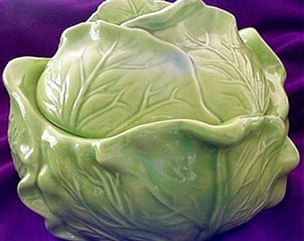 Holland Mold, Cabbage Bowl with Salt and Pepper Cellars