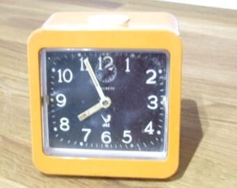 Jaz Clock // Wind up Jaz Clock // Mechanical Clock // Retro Orange Clock // Alarm clock // Jaz Discreto Clock