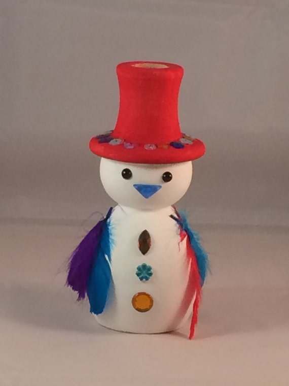 Wooden snowman candle holder with wood candle diy acrylic for Acrylic paint for wood crafts