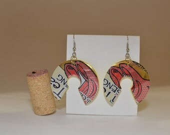 """Fifth Wheel earrings made from """"Arizona Iced Tea - Green Tea with Ginseng"""" can"""