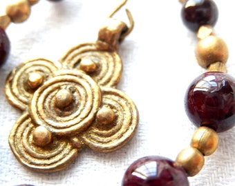 Earrings with Garnet, brass and bronze