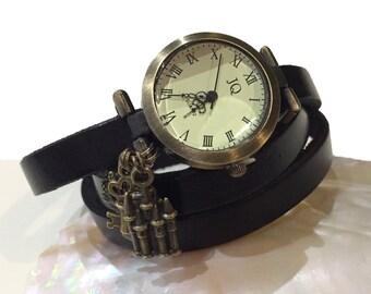 Leather bracelet black medieval castle, personalized color
