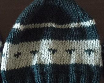 Warm woollen pullon beanie hat