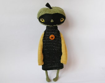 OOAK Art Doll Pumpkin Head / Primitive Pumpkin Girl / Pumpkin Halloween Cloth Doll