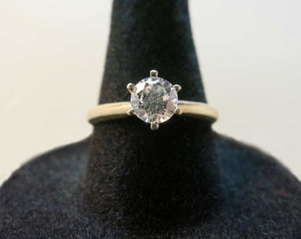 vs2 diamond solitaire engagement ring 14k yellow gold