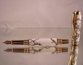 Triton Fountain pen in trustone.