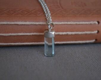 Aquamarin Kette in Silberfassung