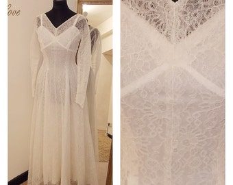 1950s White Lace illusion vintage wedding dress long sleeve size UK 8 Fifties pin up 1960s