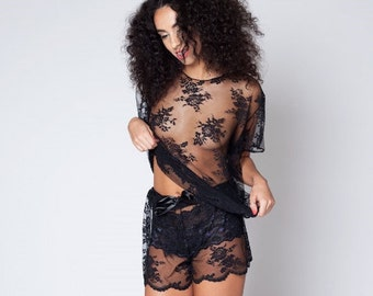 Handmade 'Barely There' Floral Lace Oversized T (Black/ white)