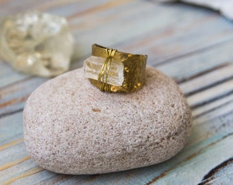 Raw quartz ring,OOAK jewelry, brass boho ring, raw gemstone ring, rustic ring, bridal jewelry, gift for her, yoga crystals, healing crystals