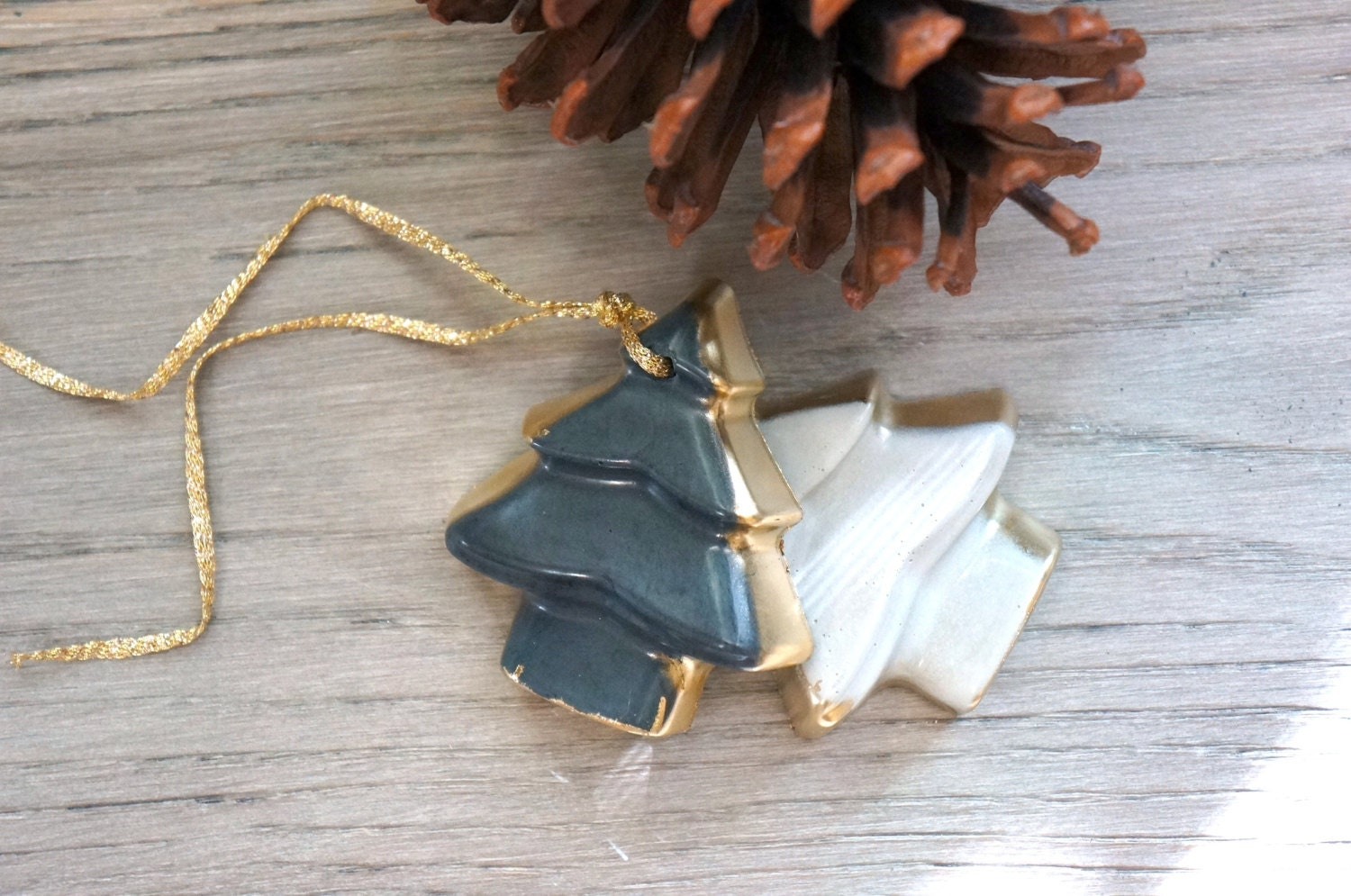 Concrete christmas tree ornament cement holiday set
