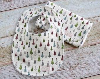 Holiday Baby Bib and Burp Cloth Set - Christmas Bib and Burp Set - Christmas Tree Bib and Burp Set - Baby's First Christmas - Baby Xmas Gift
