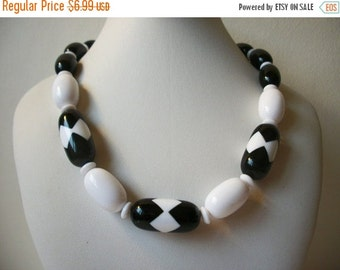 ON SALE Vintage Shades O f Black White Beaded Necklace Shorter Length 967