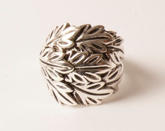 Sterling Silver Leaf Ring - Stackable Rings - Statement Ring - Silver 925 Stamp