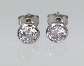 Vintage 18K White Gold One Carat Diamond Stud Earrings - Bezel Set ERG4007