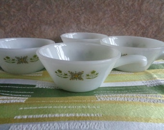 Vintage set of 4 Anchor Hocking Green Meadow milk glass soup/chilli bowls . Made in U.S.A