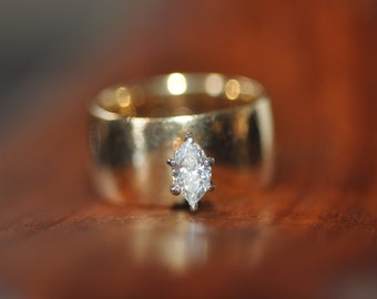 Heavy 0.45ct Marquise diamond Engagement ring Valuation 5.500K held Diamond G VS2 14ct gold band Size N US 6 1/2 10mm gold band 11.50gms