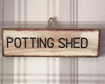 Handmade wooden vintage style potting shed garden sign ideal gift for any gardener 7 colours to chose from