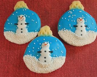 Snow globe cookies, ornament cookies, snowman, snowman cookies, winter cookies, christmas cookies, holiday cookies