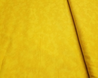 Peanuts Linus and Friends-Quilting Treasures-Yellow Blender Marble Bolt # 22638