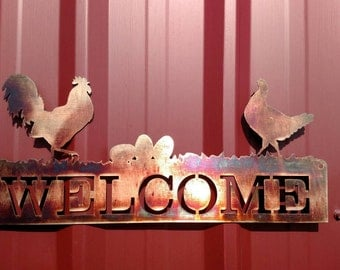 Rooster and hen welcome sign