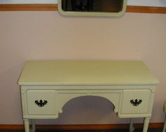 Beautiful 1930's Painted Queen Anne Desk/Vanity With Beveled Mirror