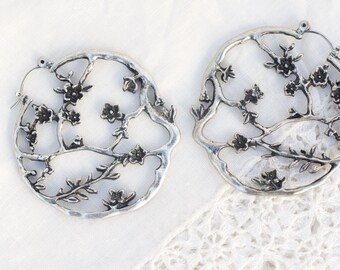 Vintage Silver Sterling Floral Hoop Earring