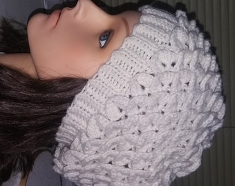Crochet crocodile stitch slouch beanie