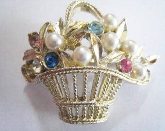Gold Tone Flower Basket Pin