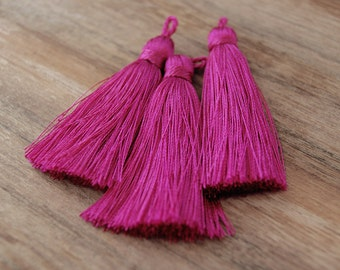 TS0130, tassel, fuchsia tassel, quality tassel, large tassel, jewelry making, jewelry supplier, tassel supplier, fuchsia large tassels