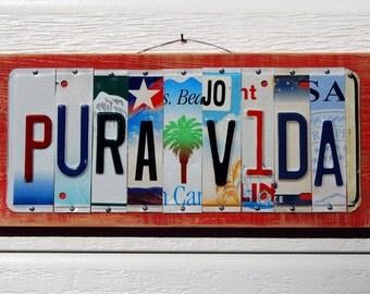 PURA VIDA license plate sign