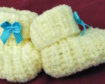 Hand knitted baby bootees. Lemon baby bootees. Baby gift.