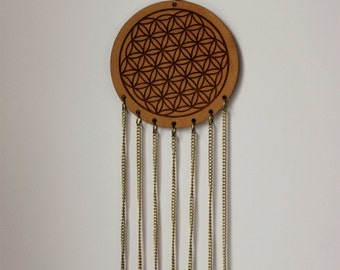 Feng Shui decoration flower of life with the seven Chakrafarben