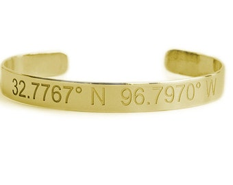 Sterling silver bangle with personalization engraved (ZB5036)