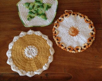 3 vintage crocheted pot holders/hot pads