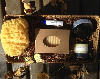 BEEHIVE SkinCare Gift Basket