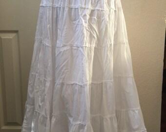 Ladies white tiered skirt
