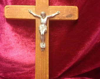 Vintage Wooden Crucifix with Pewter Corpus