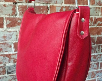 The Classic Saddle Bag - red leather