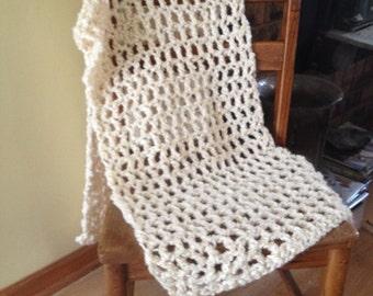 shawl in warm cream super chunky yarn