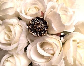 Vintage Flower Button Ring