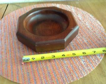 glove or former wooden ashtray, vintage
