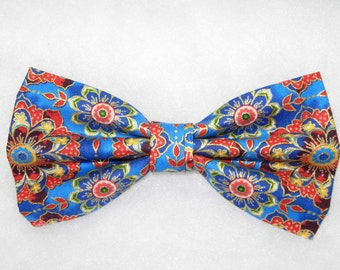 Kaleidoscope Flowers Pre-tied Bow Tie | Blue bow ties | Red flowers | Flower bow ties | Wedding bow ties | bow ties for boys | Metallic Gold