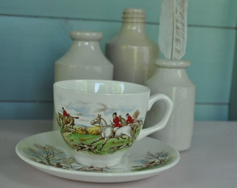 Vintage  Palissy cup and saucer duo Hunting scene 1950s 1960s
