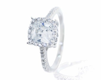 925 Sterling Silver Solitaire Ring with Accents 1.60 CT.TW (S124)