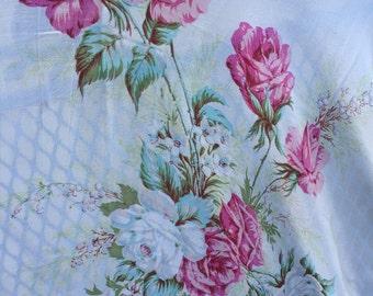 SALE Lovely vintage pink rose floral scarf