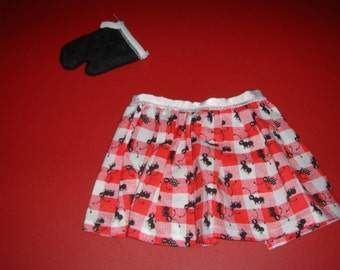 Cute Red & White Checkered Half Apron with Ant Print and Quilted Black Oven Mitt set fits American Girl and other 18 inch dolls