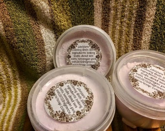 Lavender Vanilla Foaming Bath Salts
