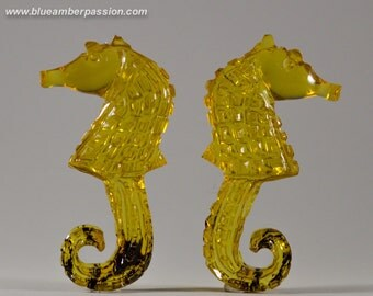 Dominican Amber Carvings - Exclusives Sea Horses